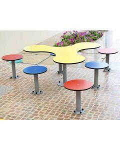 Tischgruppe Kleeblatt für Bodenmontage, Außenbereich